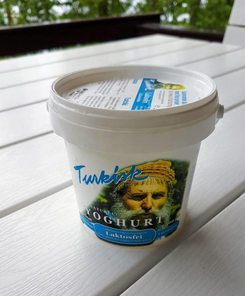 Lindahls turkkilaisen jogurtin muovipakkaus